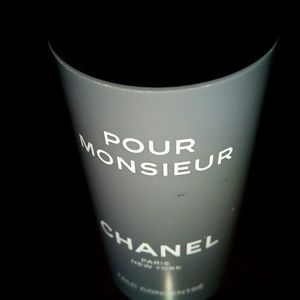 Chanel Soothing talc